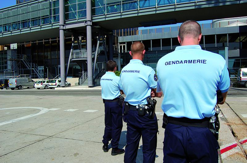 gendarme des transports aériens